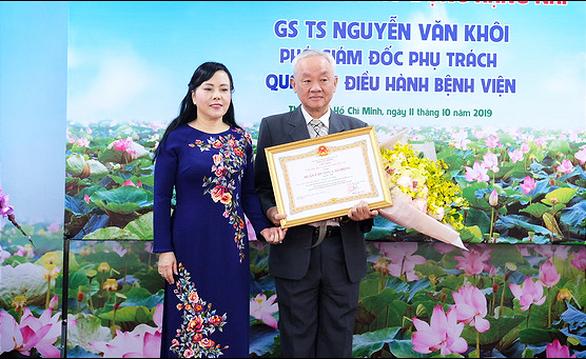 Bác sĩ 46 tuổi Nguyễn Tri Thức làm giám đốc Bệnh viện Chợ Rẫy - Ảnh 2.
