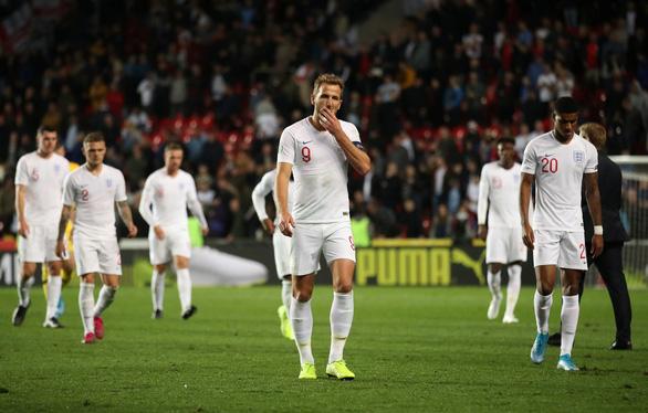 Tuyển Anh thua ngược CH Czech ở vòng loại Euro 2022 - Ảnh 1.