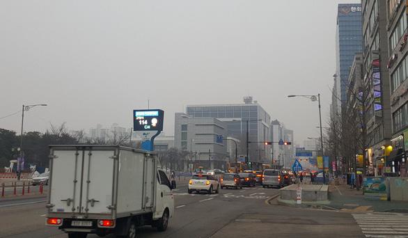 Thị trường giao thức ăn thứ 4 thế giới, tài xế Hàn Quốc đánh cược với tử thần  - Ảnh 2.
