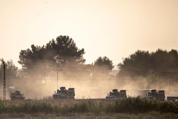 Binh sĩ Mỹ ở Syria bị Thổ pháo kích nhầm, Washington cân nhắc đáp trả - Ảnh 1.