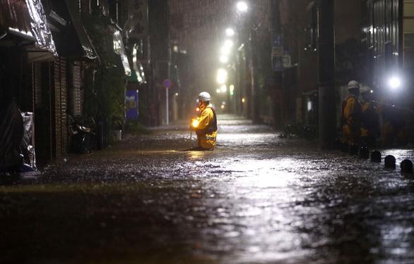 Tại sao người Nhật luôn đoàn kết và kiên cường trong thảm họa? - Ảnh 1.