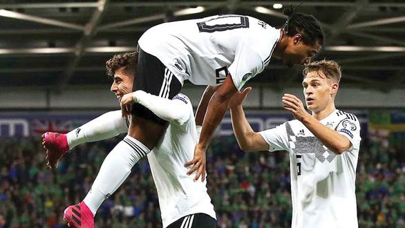 Vòng loại Euro 2020: Loay hoay tìm chất xe tăng? - Ảnh 1.