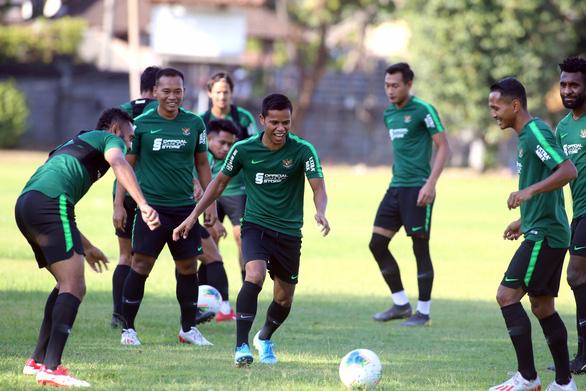 Tập buổi đầu tiên tại Bali, Indonesia chờ đánh bại Việt Nam - Ảnh 5.