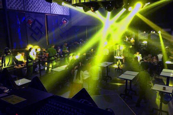 Liên tiếp phát hiện khách trong quán bar, karaoke dương tính với ma túy - Ảnh 1.