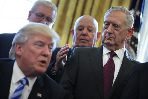Cựu bộ trưởng quốc phòng Mỹ Mattis cảnh báo ông Trump chuyện IS 'hồi sinh' - Ảnh 1.