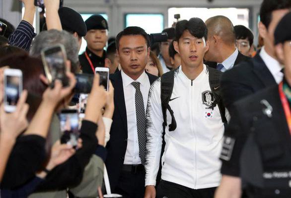 Hôm nay tuyển Hàn Quốc đụng độ Triều Tiên ở Bình Nhưỡng - Ảnh 1.