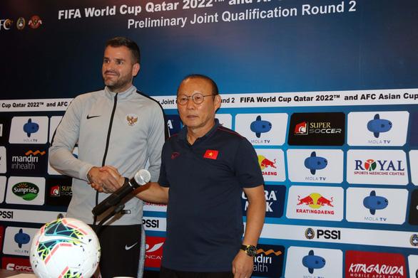 HLV Park Hang Seo: Tuấn Anh không ra sân, Quang Hải có thể đá thay ở tuyến giữa - Ảnh 3.