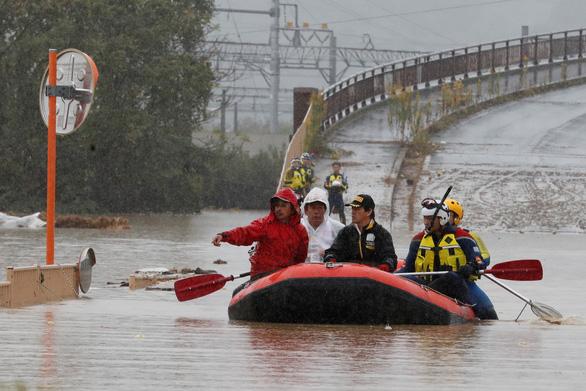 Hậu bão Hagibis: 58 người chết, 138.000 hộ ở Nhật chưa có nước sạch - Ảnh 1.