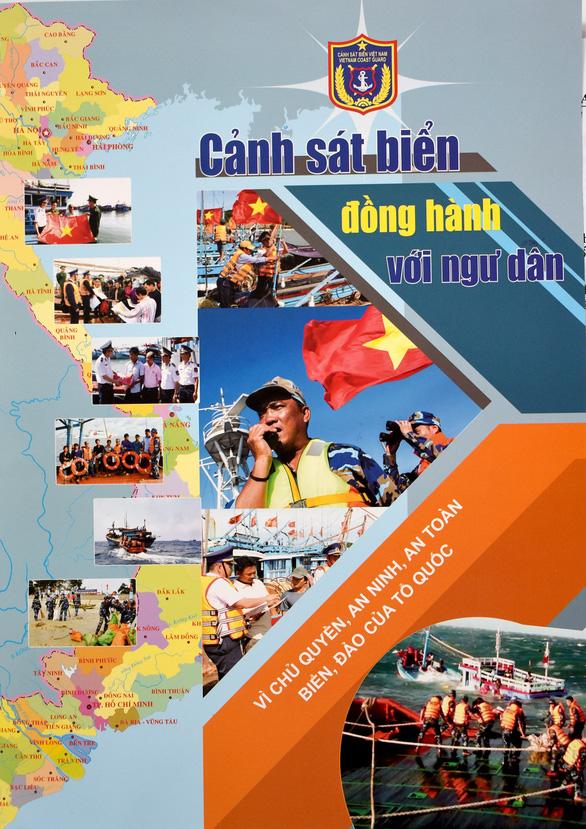 Cảnh sát biển ký kết chương trình đồng hành cùng ngư dân - Ảnh 2.