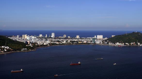 Tạm dừng thi công dự án lấp biển làm thủy cung ở Vũng Tàu - Ảnh 2.