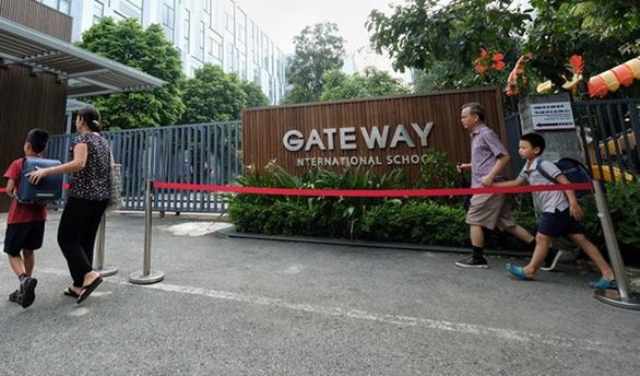 Khởi tố cô giáo chủ nhiệm vụ bé lớp 1 trường Gateway tử vong - Ảnh 1.