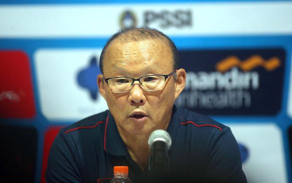 Vì sao Công Phượng không vào sân thay người trận Indonesia - VN? - Ảnh 1.
