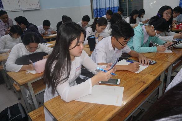 TPHCM: khảo sát năng lực tiếng Anh của học sinh qua bài thi trực tuyến - Ảnh 1.