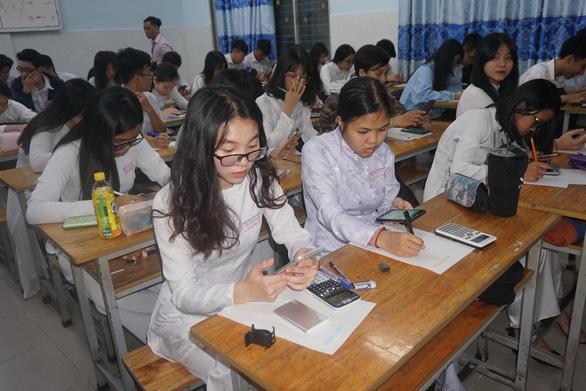 TP.HCM: Học sinh không thể đến trường có thể làm bài kiểm tra trực tuyến - Ảnh 1.