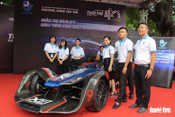 Xe đua F1, máy bay không người lái xuất hiện tại Đại hội Hội liên hiệp thanh niên Hà Nội - Ảnh 2.
