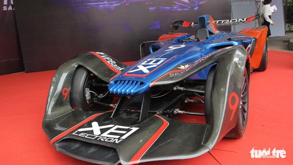 Xe đua F1, máy bay không người lái xuất hiện tại Đại hội Hội liên hiệp thanh niên Hà Nội - Ảnh 3.