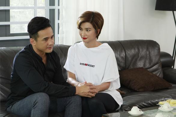 Cô giáo triệu views Cẩm Hà làm đạo diễn phim 100 tập Muôn kiểu làm dâu - Ảnh 5.