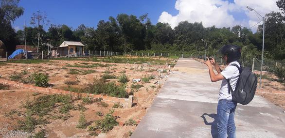 Ồ ạt gom đất vườn rồi phân lô, làm hạ tầng - Ảnh 3.