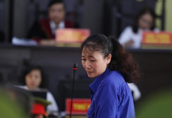 Xét xử gian lận thi ở Sơn La: Phó giám đốc sở Trần Xuân Yến chỉ đạo xóa dấu vết - Ảnh 1.
