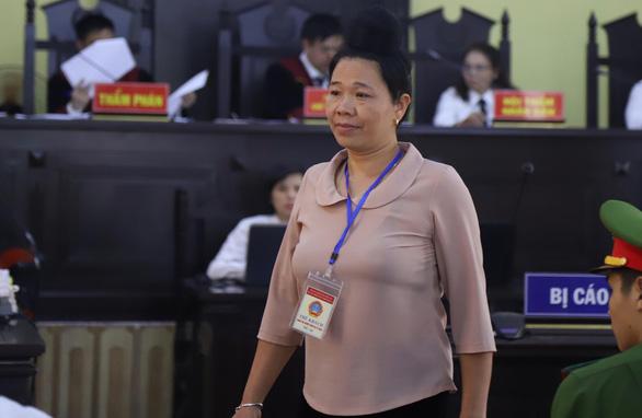 Khởi tố tội đưa nhận hối lộ gian lận thi cử, bắt tạm giam ông Trần Xuân Yến - Ảnh 3.