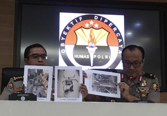 Indonesia phá âm mưu đánh bom lễ nhậm chức tổng thống bằng độc tố cực mạnh arbin - Ảnh 1.