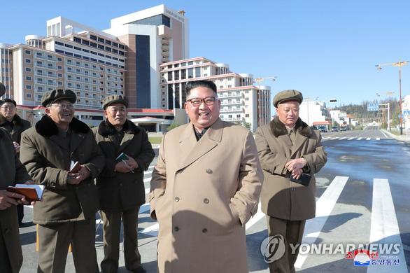 Ông Kim Jong Un cưỡi bạch mã lên núi thiêng, lên tiếng chỉ trích Mỹ - Ảnh 3.