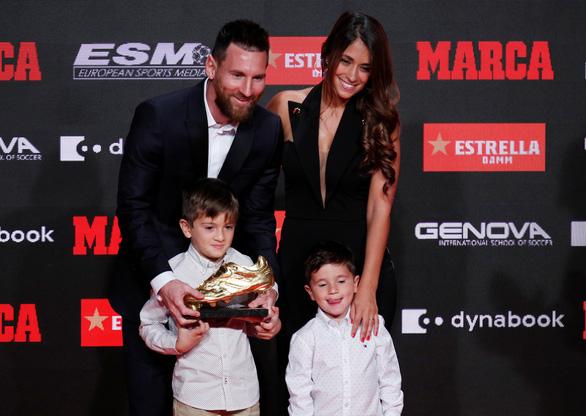 Messi lần thứ 6 đoạt Chiếc giày vàng châu Âu - Ảnh 5.