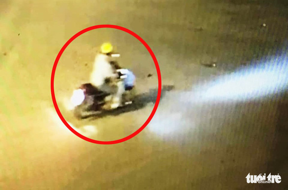 Truy tìm nghi phạm giết bảo vệ BHXH ở Nghệ An - Ảnh 1.