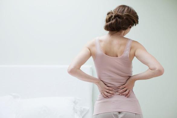 3 lý do đau lưng khi mang thai và cách khắc phục an toàn - Ảnh 2.