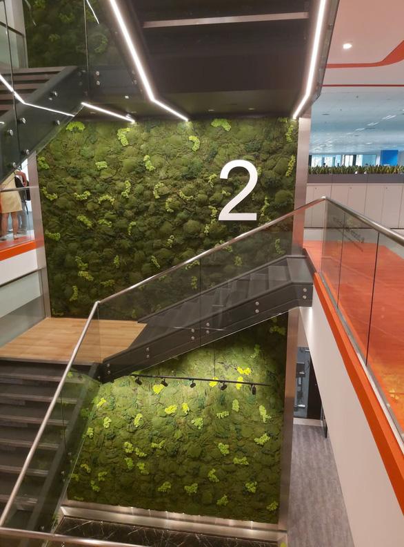 Khám phá trụ sở làm việc mới toanh của hàng nghìn nhân viên của Shopee - Ảnh 3.