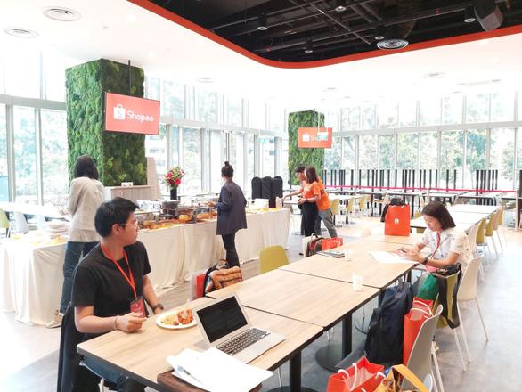 Khám phá trụ sở làm việc mới toanh của hàng nghìn nhân viên của Shopee - Ảnh 13.