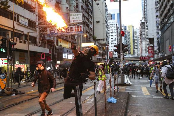 Thủ tướng Lý Hiển Long: Singapore sẽ kết thúc nếu gặp tình trạng như Hong Kong - Ảnh 2.