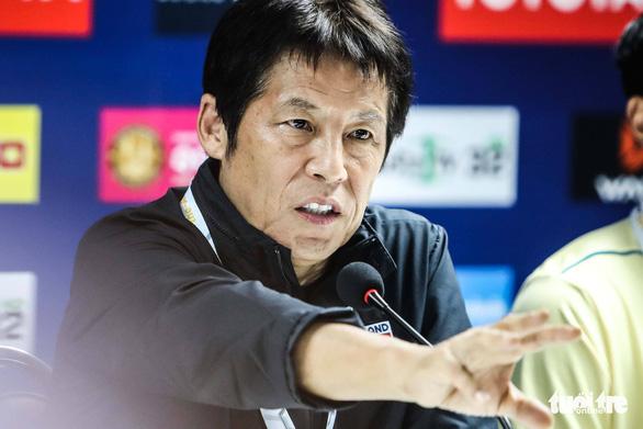 HLV Nishino chê Bùi Tiến Dũng ăn vạ, nhưng đội tuyển năm xưa ông dẫn dắt thì sao? - Ảnh 3.
