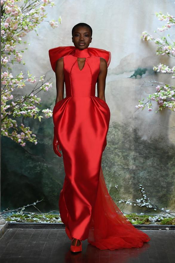 Phương My được sánh ngang Vera Wang, Valentino trên Harper's Bazaar - Ảnh 2.
