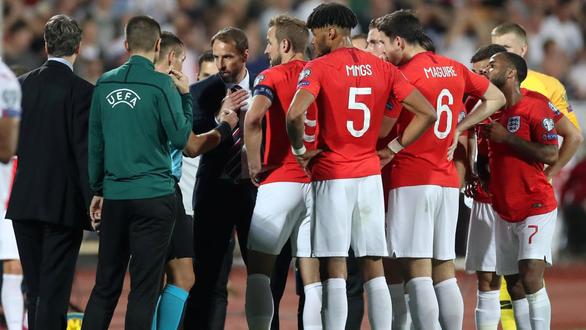 UEFA và cuộc chiến chống phân biệt chủng tộc - Ảnh 1.