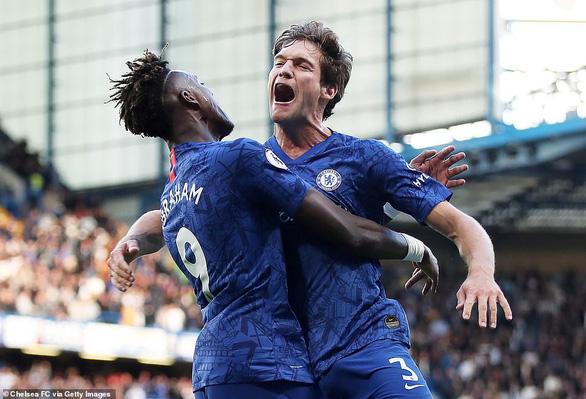 Thắng trận thứ 3 liên tiếp, Chelsea vào tốp 3 - Ảnh 1.