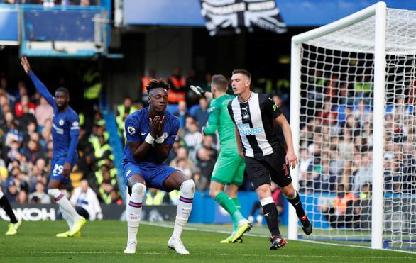 Thắng trận thứ 3 liên tiếp, Chelsea vào tốp 3 - Ảnh 2.