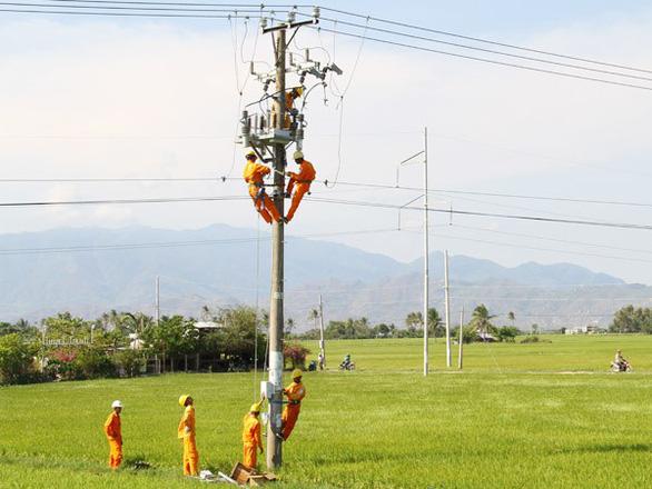 Philippines, Indonesia, Ấn Độ... đều thua Việt Nam về độ phủ lưới điện nông thôn - Ảnh 1.