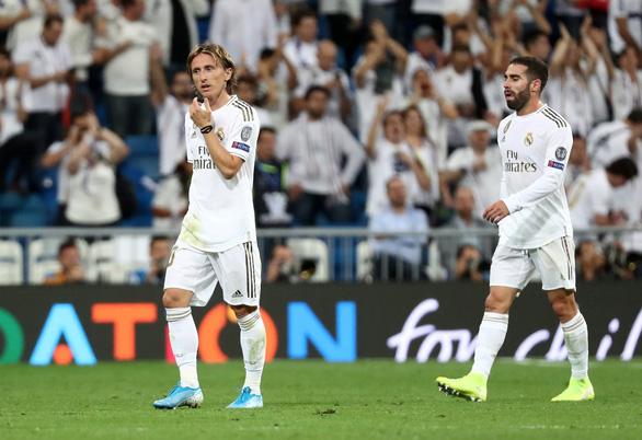 Real Madrid thoát thua Club Brugge trên sân nhà - Ảnh 1.
