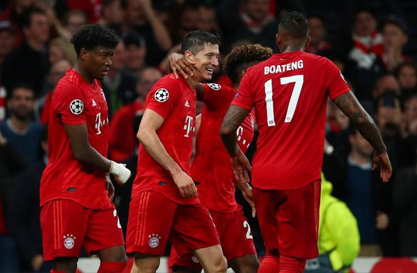 Tottenham thảm bại 2-7 trước Bayern Munich tại Champions League - Ảnh 1.