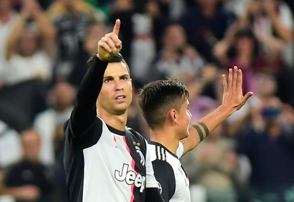 Xembongdahd đưa tin Ronaldo 'nổ súng', Juventus đè bẹp Leverkusen 0