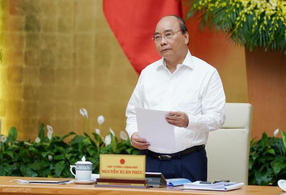 Thủ tướng Nguyễn Xuân Phúc: Tình hình 9 tháng tốt hơn so với dự báo - Ảnh 1.