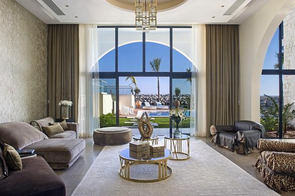 Cybarco - Tập đoàn bất động sản cao cấp ở châu Âu có đại diện tại Việt Nam - Ảnh 3.