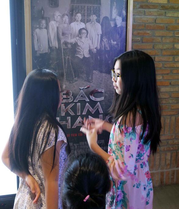 Việt Nam đang duy trì mô hình quản lý điện ảnh làm khổ lẫn nhau - Ảnh 2.