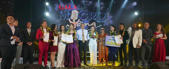 Lê Nữ Yến Nhilà quán quân Micro vàng 2019 - Ảnh 1.