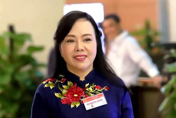 Bà Nguyễn Thị Kim Tiến chính thức rời 'ghế nóng' bộ trưởng Bộ Y tế - Ảnh 1.