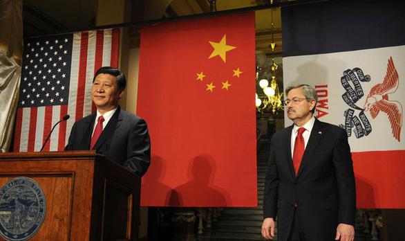 Đại sứ Mỹ kể khổ: Ở Trung Quốc, đi uống cà phê cũng bị làm khó - Ảnh 1.