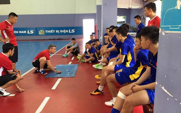 Futsal Việt Nam quyết vượt núi Úc - Ảnh 1.