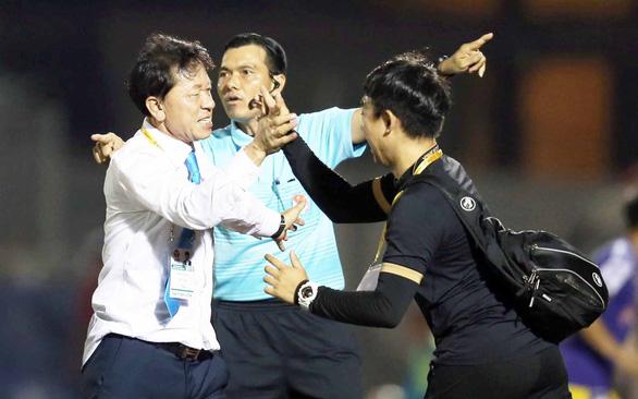 HLV Chung Hae Soung được gia hạn hợp đồng 3 năm - Ảnh 1.