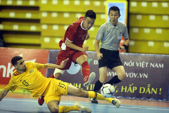 Futsal Việt Nam lần đầu tiên đánh bại Úc - Ảnh 4.